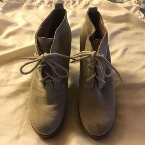 SPERRY Suede booties